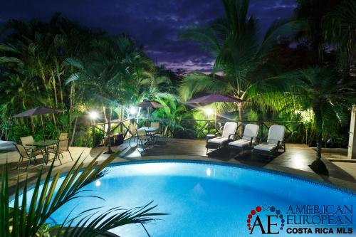 Large and small hotels for sale in Costa Rica