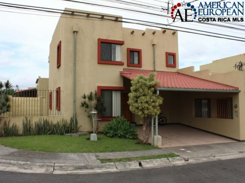 Heredia real estate for cool climate lovers