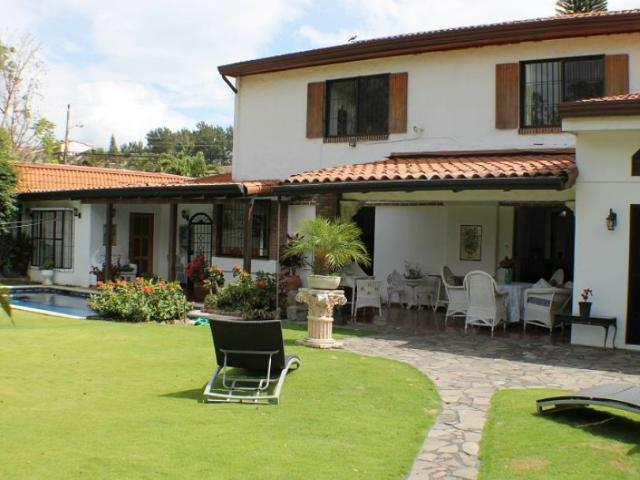 Cariari house for rent on the golf course