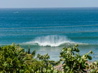 Or looking for a surf break view?