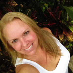 Lake Arenal real estate agent Wendy Holt