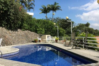Escazu home pool area