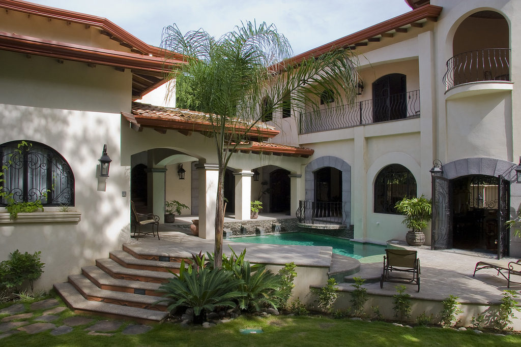 Steps to jaco beach luxury estate villa for sale costa for Costa rica luxury homes for sale