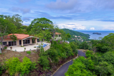 Magnificent Playa Hermosa Panoramic Ocean View home