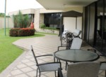 15 FC Family house patio 2