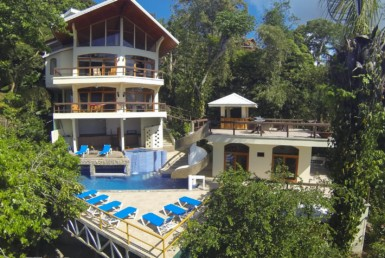 Manuel Antonio jungle and ocean view luxury home