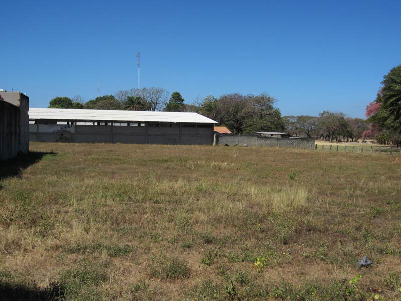 Liberia Large Commercial Lot
