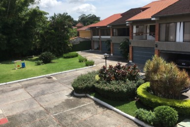 Large remodeled Escazu townhouse in Trejos gated community