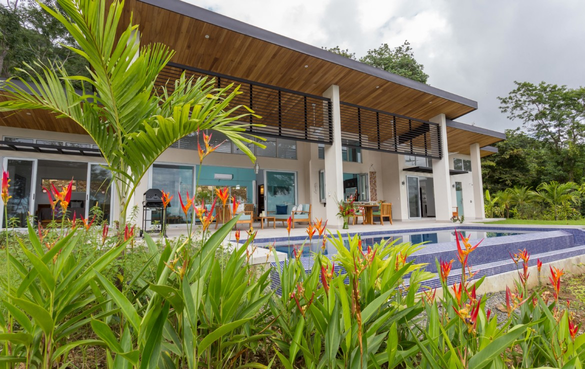 Quality New Luxury Uvita home with Incredible Views