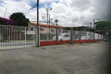 Tibas Warehouse and Office Space for rent with lots of parking space