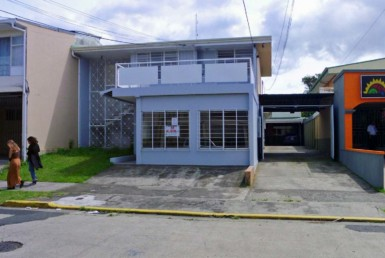 350 m2 Barrio Dent House for Offices in Great Location for rent