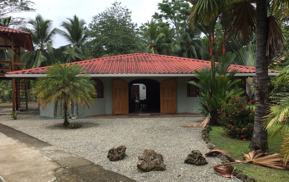 Price Reduced Single Story Cahuita Beach Home
