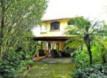 Turnkey 2 BR Grecia home and guesthouse on over 3 acres