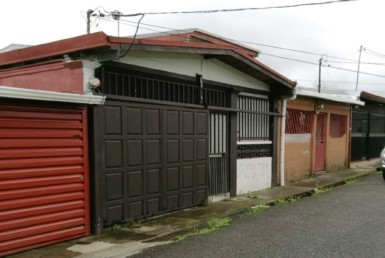 Bargain 2 BR single story home in Ipis de Guadalupe