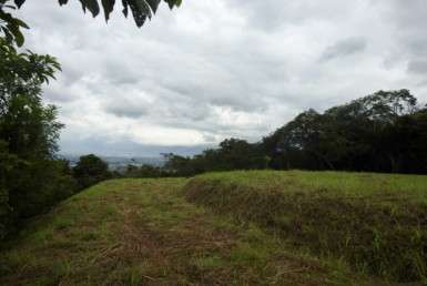 Ciudad Colon flat valley view lot