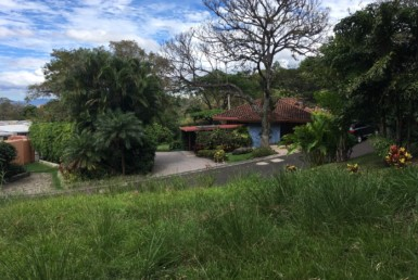 El Sitio Real flat home site for sale in Santa Ana