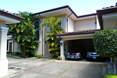 Spacious Jaboncillo Escazu Spanish Colonial Townhouse