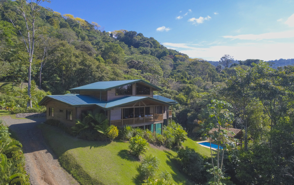 South Pacific 3 BR nature view home on 6 acres
