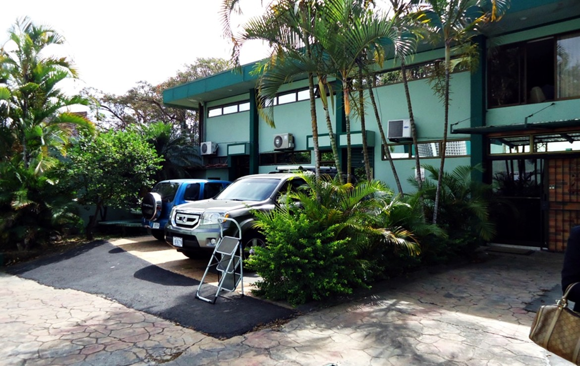 Completely furnished 250 m2 office for rent in La Uruca