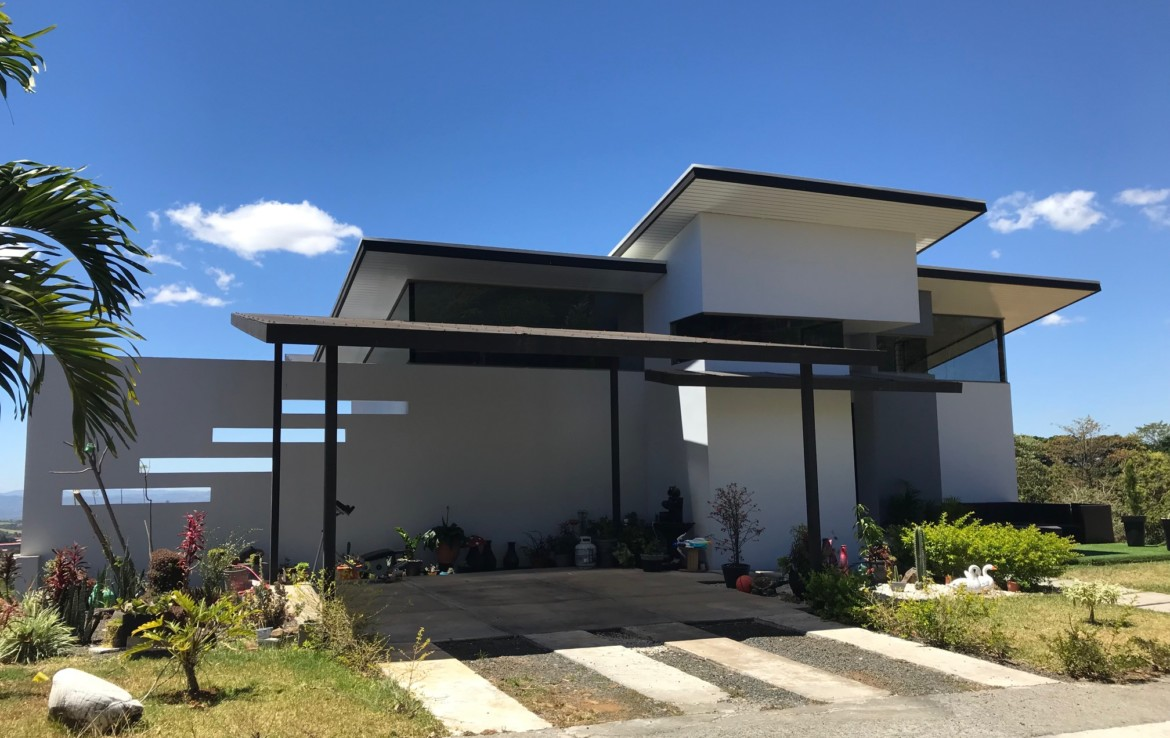 Elegant Modern Grecia Home in a Gated Community with Gorgeous Views