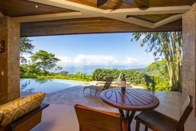 Luxurious 5 BR Modern Rainforest Oasis in Dominical