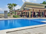 Brasil de Mora as new 3 BR townhouse club pools and low HOA
