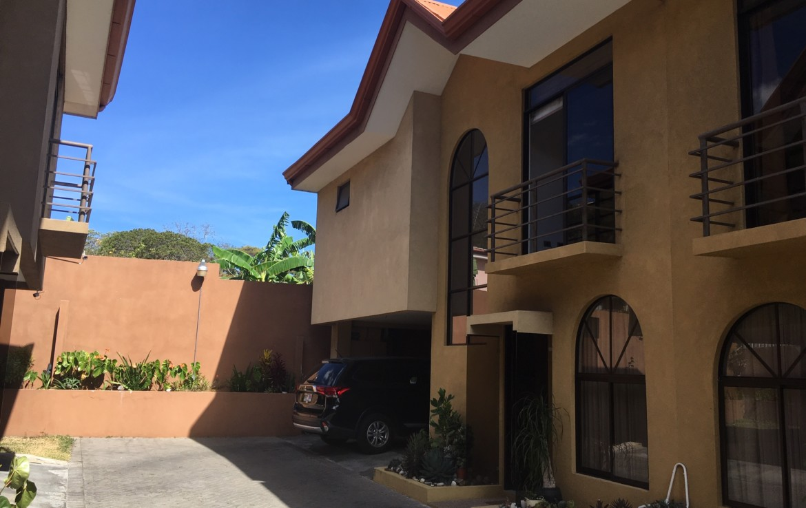 Los Eliseos Escazu Modern Townhouse one of only 4 units