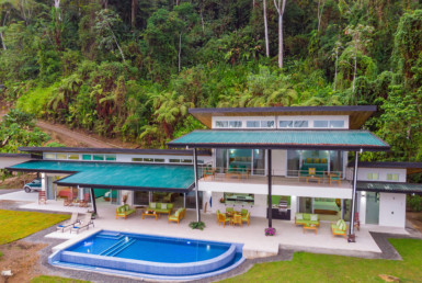 Calle Maleku Uvita Luxury 5 BR Home with Whales Tail View