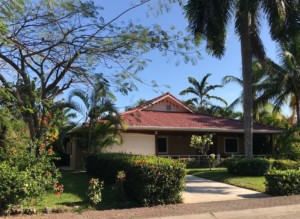 Los Delfines Cul De Sac Villa with Tropical Gardens