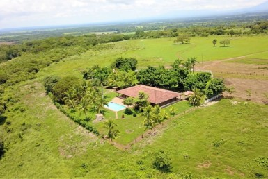 Incredible deal 123 Hectare Guanacaste Cattle Hacienda with 4 BR Home and Pool