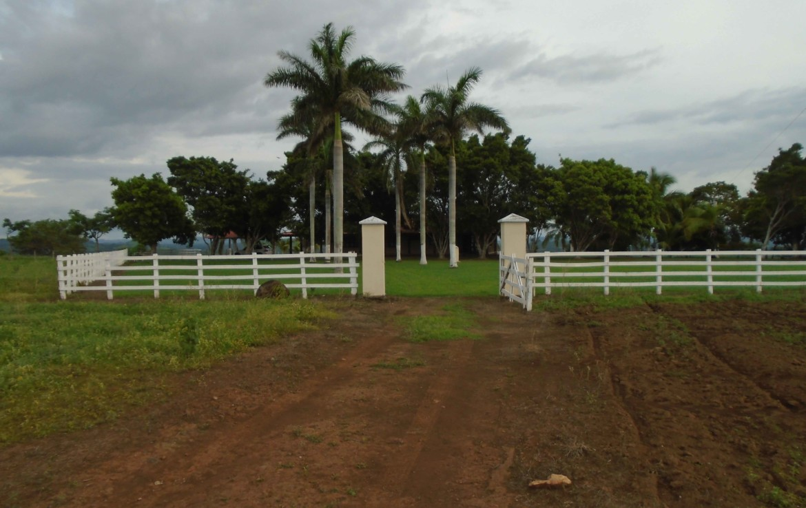 Gorgeous 300 Acre Guanacaste Hacienda with 4 BR Home and Pool