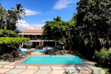 Puntarenas Titled 5 BR Beachfront Home
