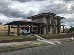 Beautiful New 3 BR Home in a Grecia Gated Community