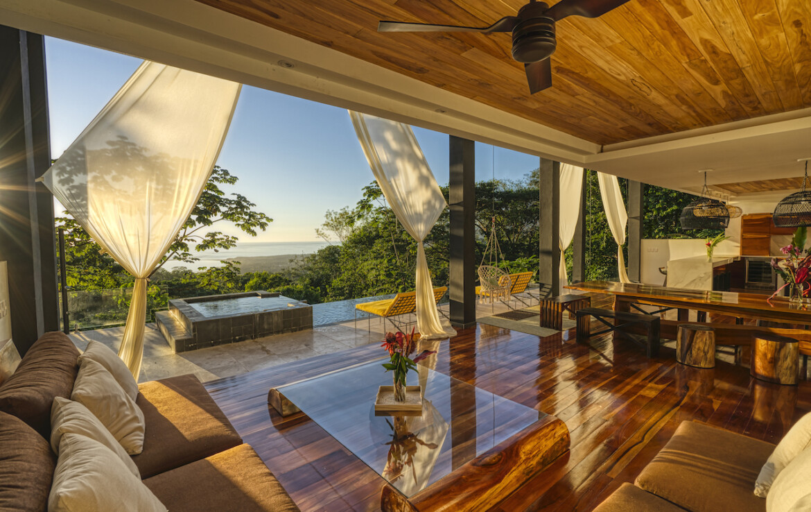 Bahia Ballena 7 BR Tropical Luxury Home with Whales Tail View