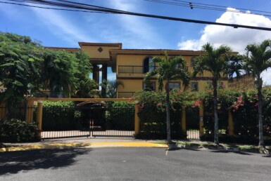 Private Large 4 BR Escazu Condo with View and big balconies