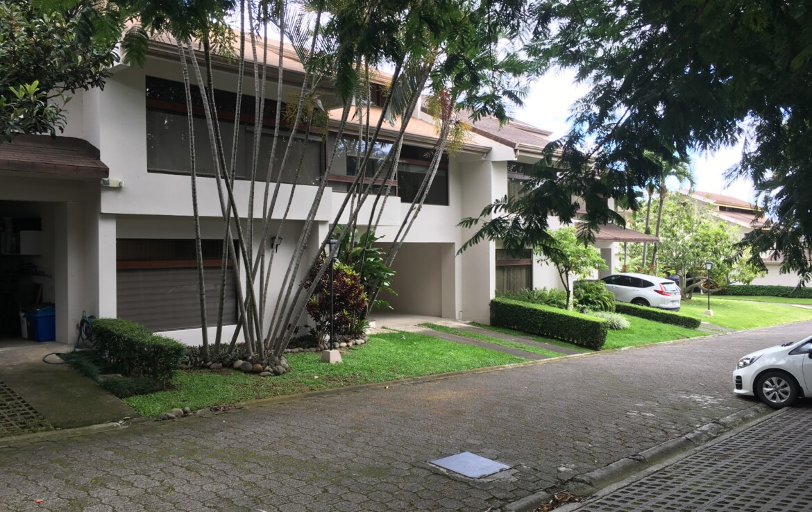 Large Villas Sorrento Escazu 3 BR Townhome with Tennis and Pool