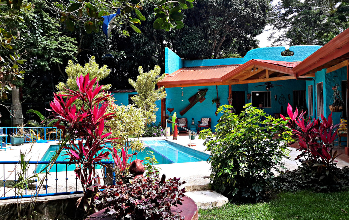 Colorful Atenas 3 BR Spanish Hacienda Style Home with Guest House