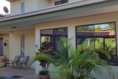 Very Nice Two Story Sarchí 2 bedroom house with great views