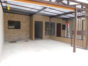 Brand New 2 BR Apartments walking distance from downtown Grecia
